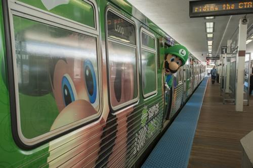 The aptly named L Train in Chicago got a Year of Luigi makeover